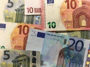 money-1048187_960_720